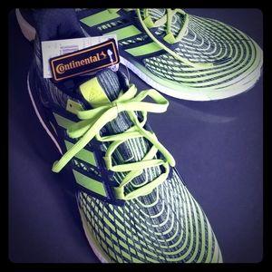 Adidas Energy Boost Mens Running Shoe